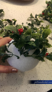DIY_MistletoeBall3